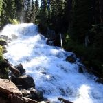 The watefall near Joffre Lakes