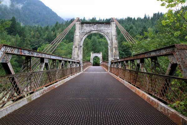 Alexandra Bridge along the Fraser Canyon
