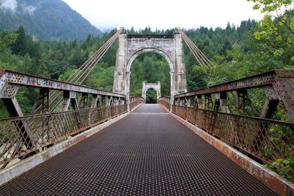 Alexandra Bridge along the Fraser Canyon