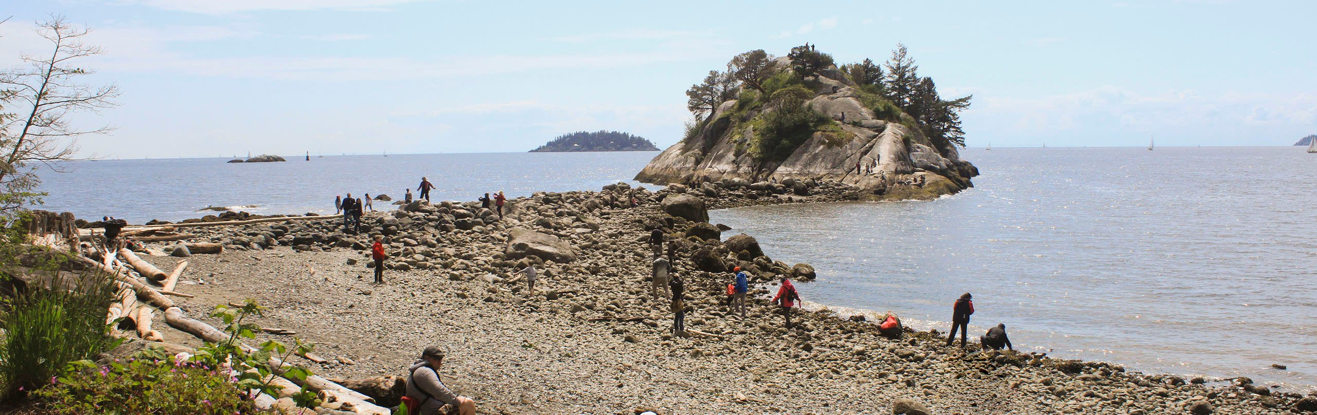 The large rock in Whytecliff Park