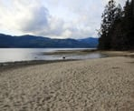 The beach along the Sechelt Inlet at Porpoise Bay